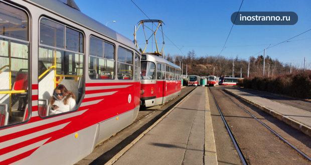 Прага из окна трамвая маршрута №22