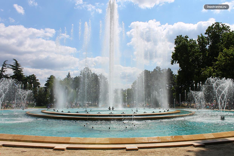 Остров Маргит большой парк в Будапеште