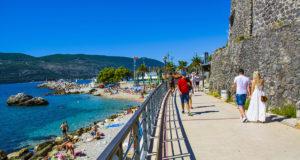 Курорты Черногории — где отдохнуть на море летом?