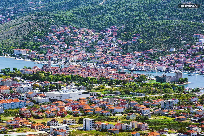 Фото города Трогир с дрона