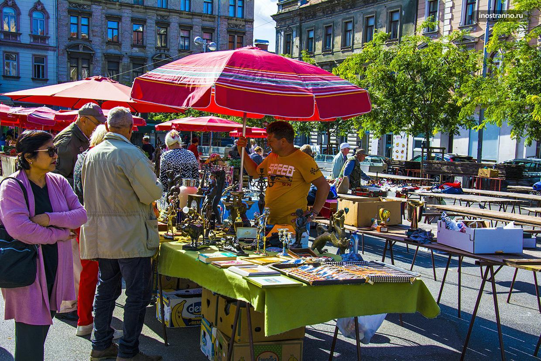 Блошиный рынок в Загребе