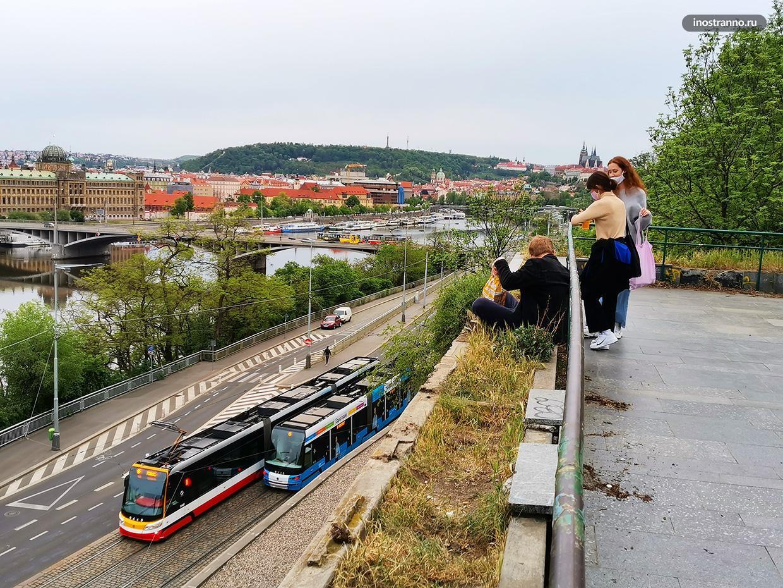 Нетуристическая смотровая площадка в Праге