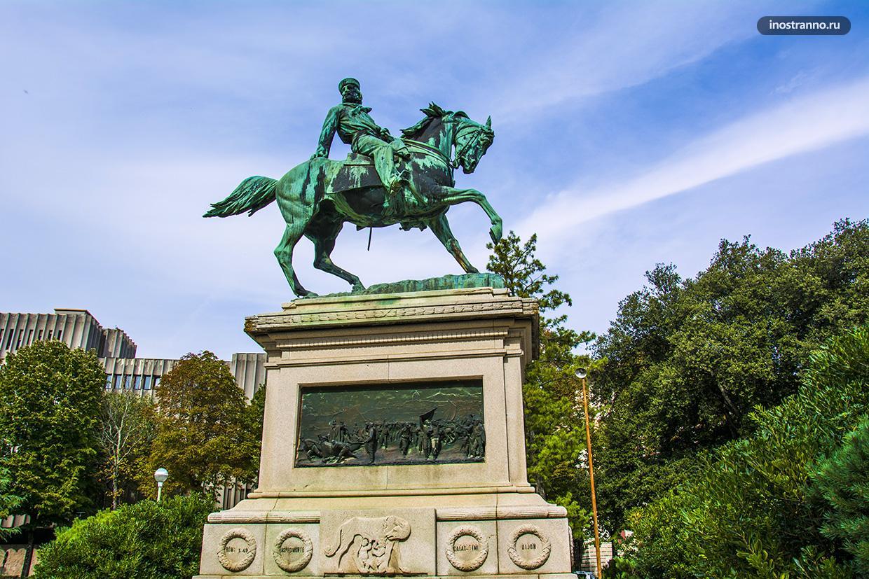 Монумент Гарибальди в Сиене