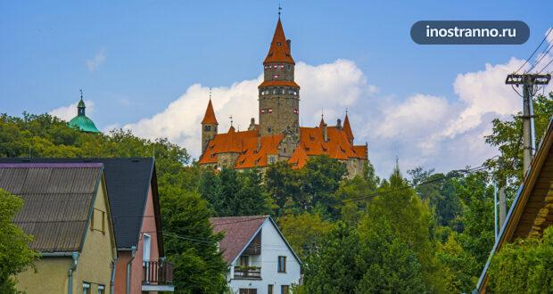 Моравский замок Боузов: фото и история