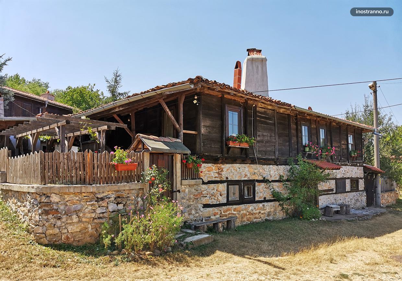 Традиционная деревня Брышлян в Болгарии