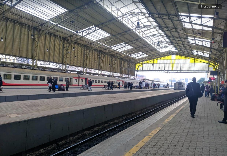 Центральный железнодорожный вокзал в Каире