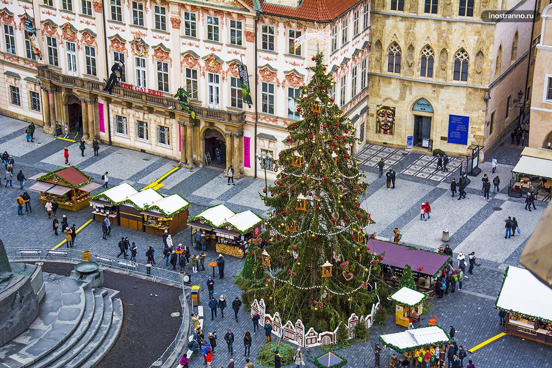 Рождественская новогодняя ёлка в Праге со смотровой