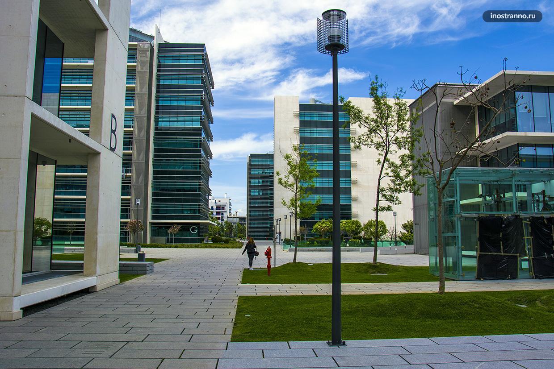 Современный жилой комплекс в Лиссабоне