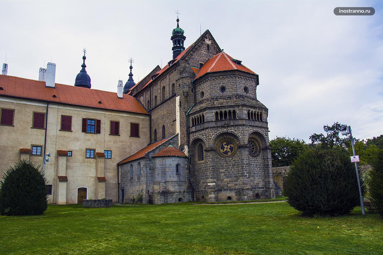 Готическая базилика в Чехии