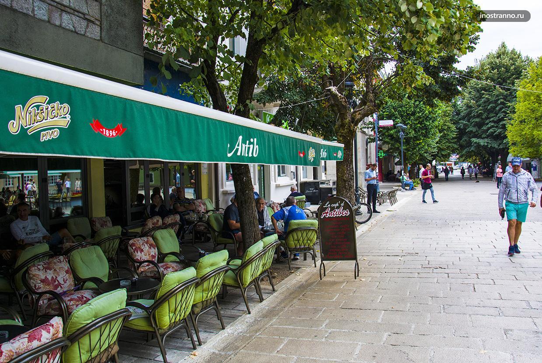 Кафе в Цетине