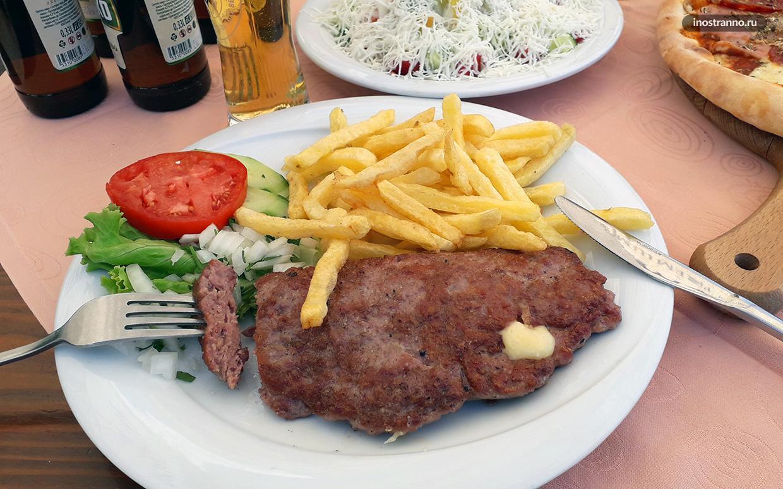 Блюда из мяса в Черногории