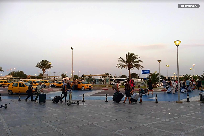 Транспорт из аэропорта Джербы Зарзис