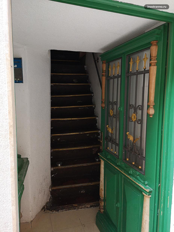 Вход в типичный хорватский дом
