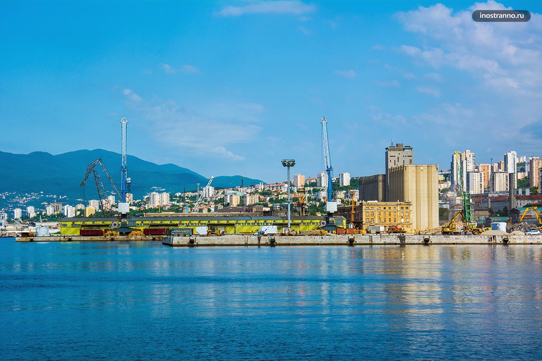 Панорама порта Риеки